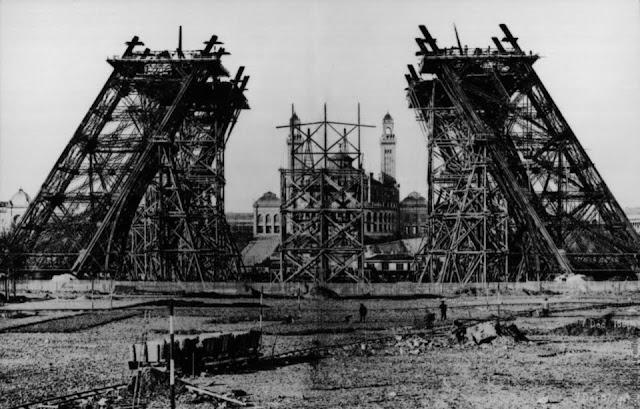 Torre eiffel em construção