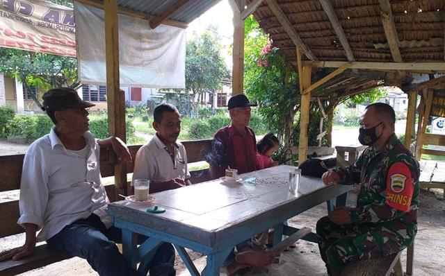 Edukasi Virus Corona, Personel Jajaran Kodim 0207/Simalungun Himbau Warga Patuhi Protokol Kesehatan