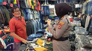 Cegah Covid-19, Sat Binmas Polres Pelabuhan Berikan Imbauan di Pasar Sentral
