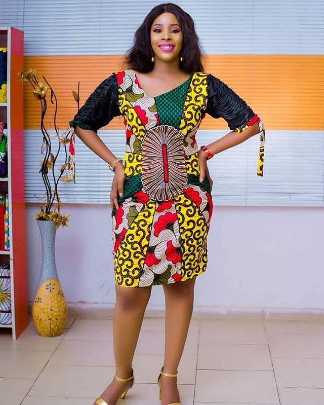 64462952472 Simple Ankara Short Gown Styles2019 for African Queen