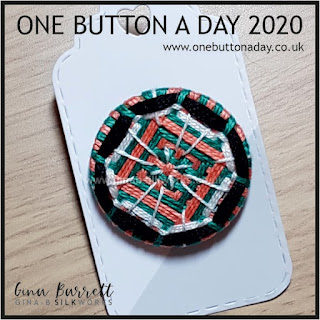Day 261 : Reticolato - One Button a Day 2020 by Gina Barrett