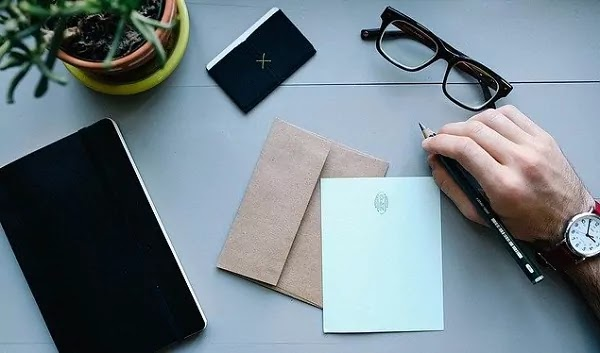 How to Write Address On Envelope - India में