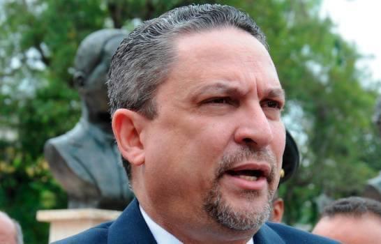 Exdirector del Plan Social César Prieto se habría suicidado de un disparo