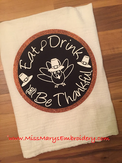 Cut Thanksgiving tea towel, silhouette fabric and vinyl, silhouette cameo tutorial, free silhouette cut file, free svg