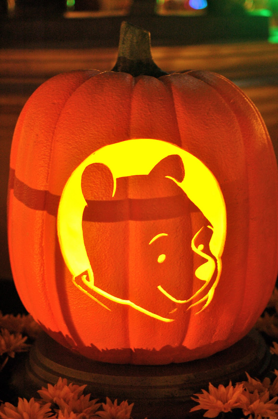 Disney sisters october 2011 for Winnie the pooh pumpkin carving templates