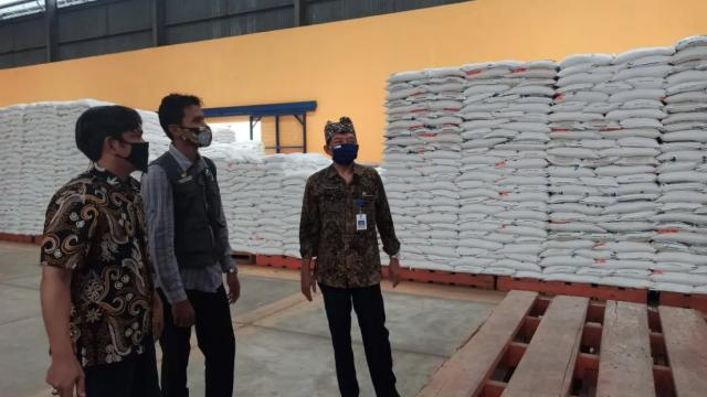 Nunggu Instruksi Pusat, 3.000 Ton Beras Sisa Impor 2018 Masih Tersimpan di Gudang Bulog
