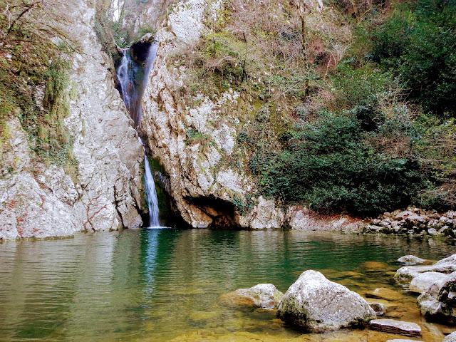 Агурское ущелье, второй водопад