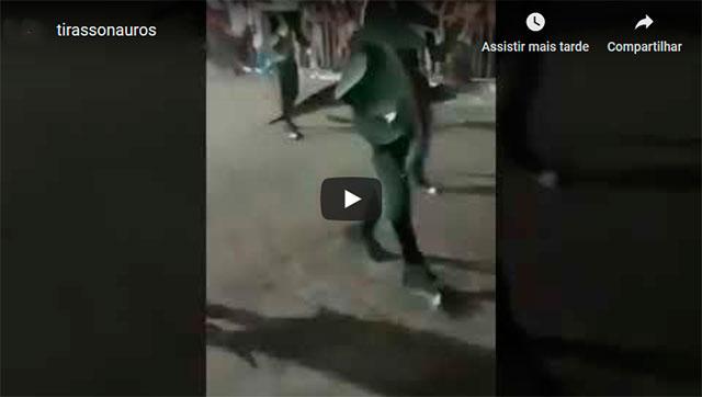 https://www.ahnegao.com.br/2019/10/o-incrivel-desfile-dos-tirassonauros.html