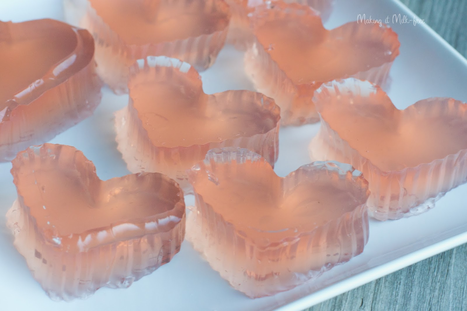 Berry Bubbly Gelatin Bites by Making it Milk-free