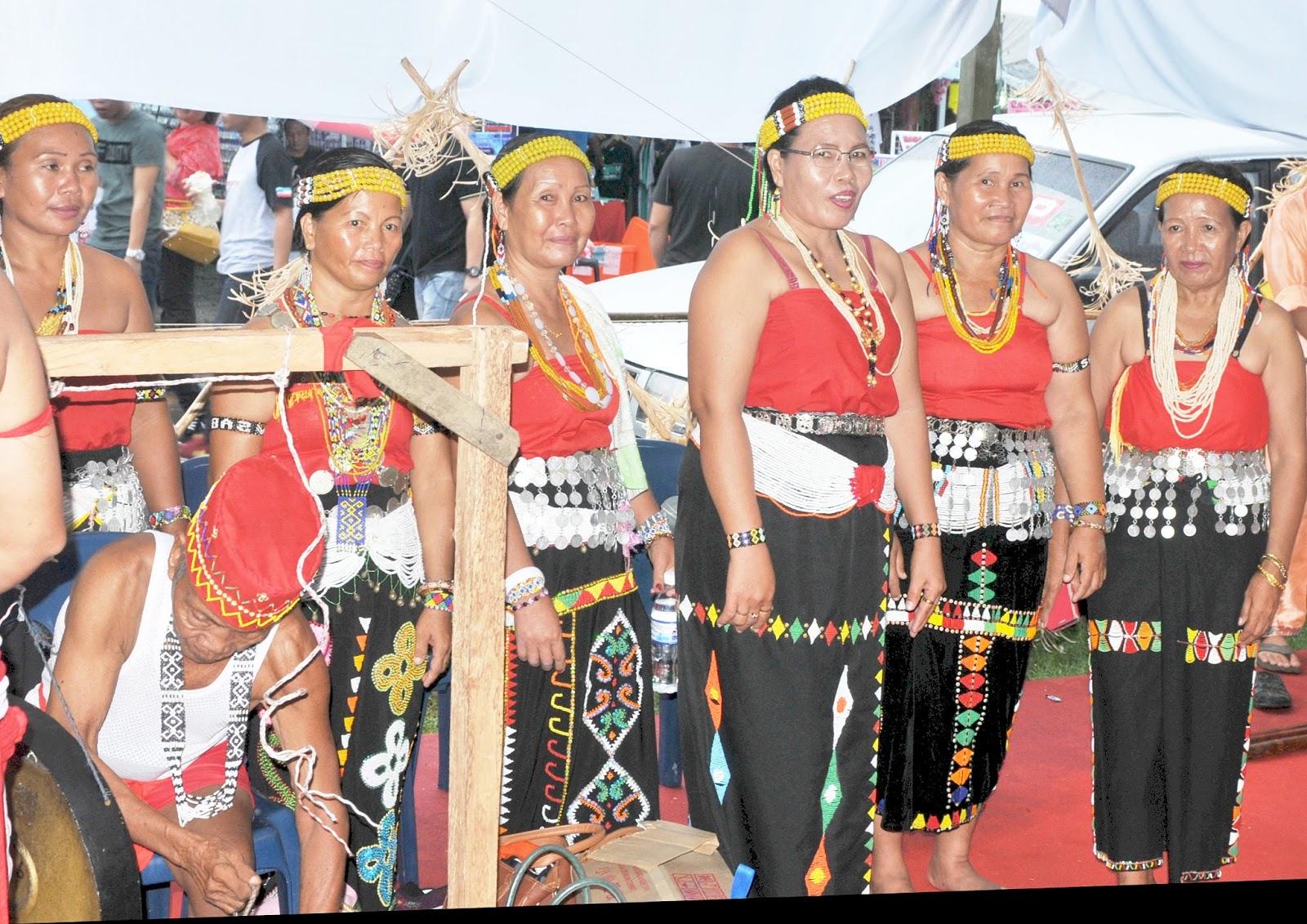 origins of the kadazan people Kadazan people from wikipedia, the free encyclopedia jump to: navigation, search kadazan a display of the kadazan traditional wedding ceremony.