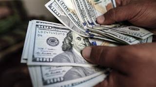سعر الدولار اليوم الثلاثاء أول تعاملات الأسبوع