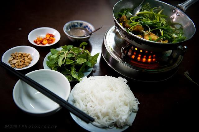 Cha ca La Vong (Hanoi Tumeric Fish with Dill)