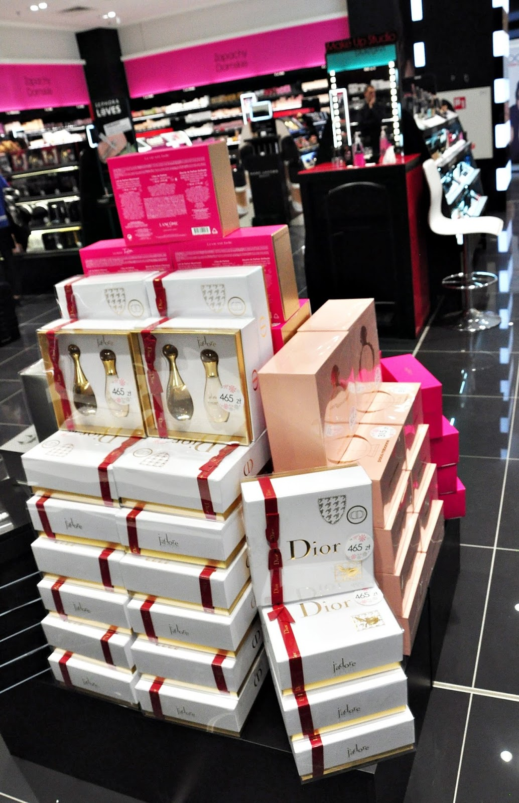 dior_cosmetics