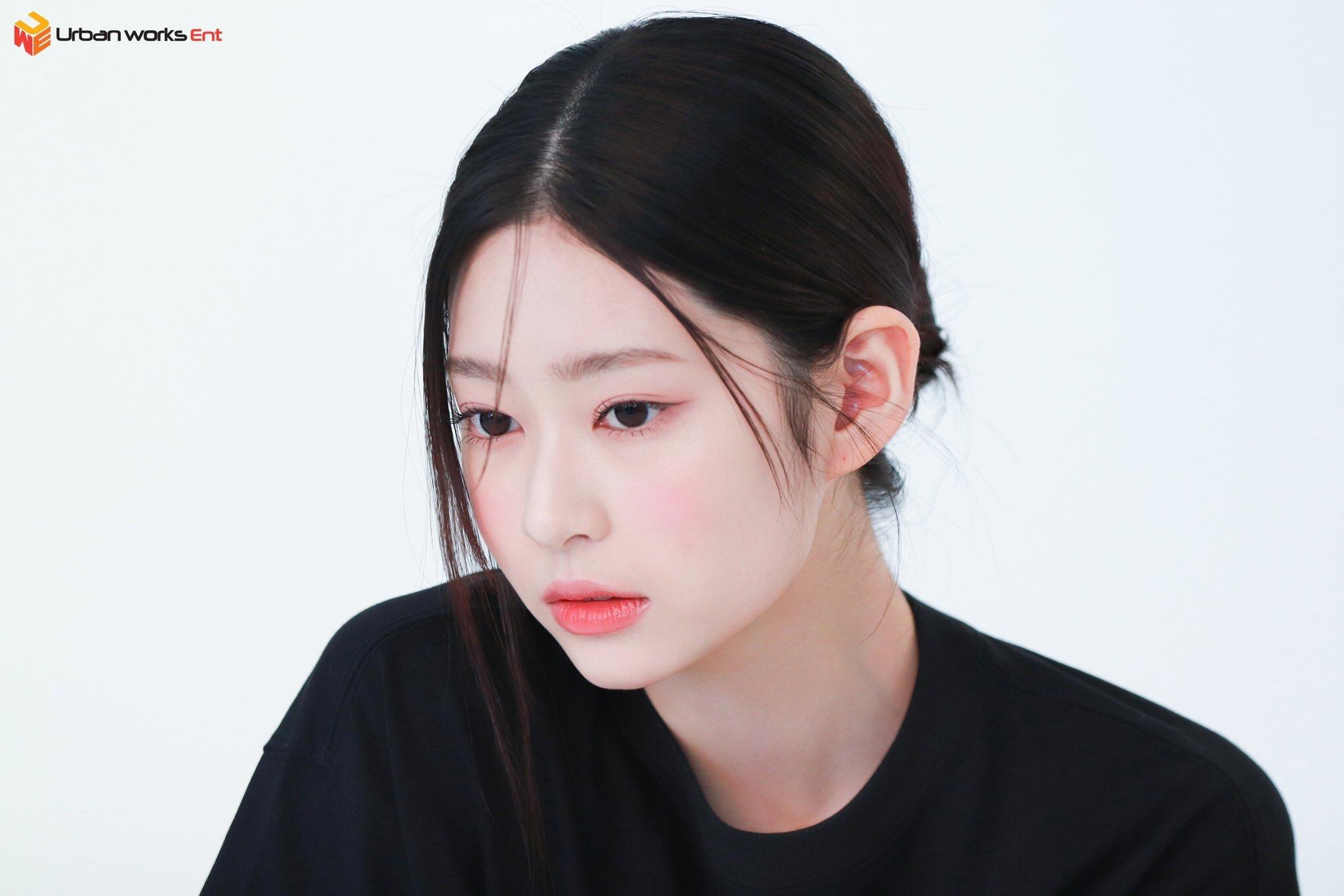 김민주 엘르코리아 화보 비하인드 - 꾸르