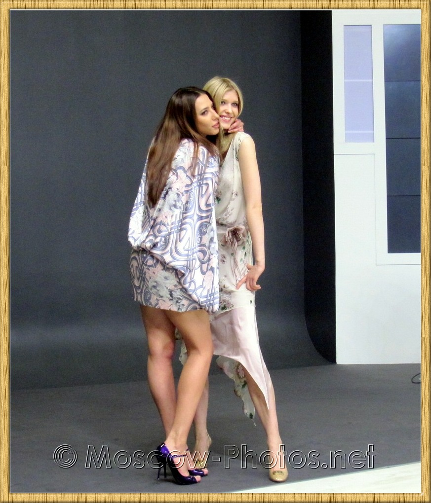 Smiling russian models at Photoforum