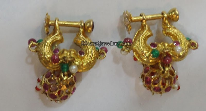 Old Model Traditional Earrings Jewellery Designs