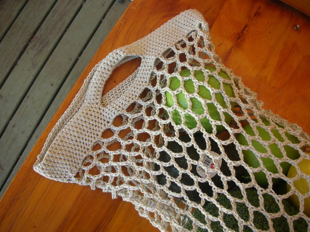 Crocheted Bag Tutorial: Hexagon Stitch