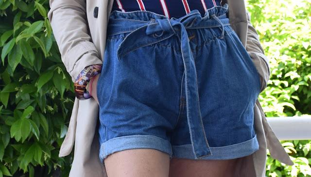 shorts di jeans outfit shorts di jeans shorts in denim come abbinare gli shorts in denim short in jeans a vita alta con fiocco mariafelicia magno fashion blogger colorblock by felym fashion blogger italiane blog di moda blogger italiane di moda