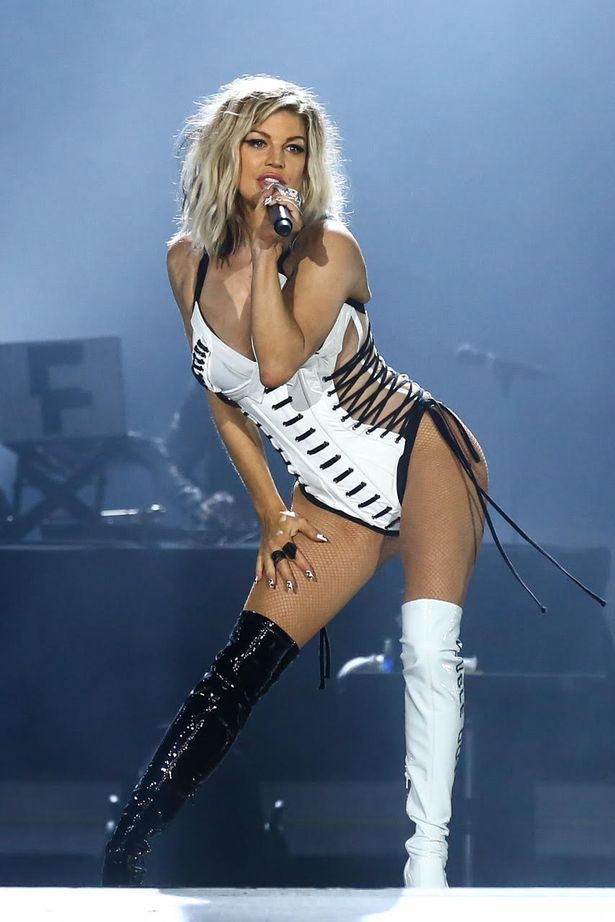 Welcome To Ladun Liadi's Blog: Fergie Makes Sexy Return To ... Fergie Singer