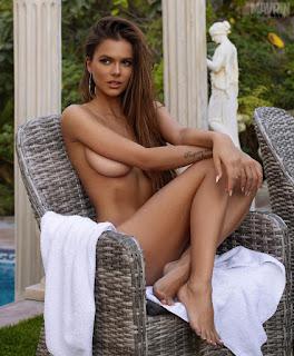 Sexy photos Viki Odintcova