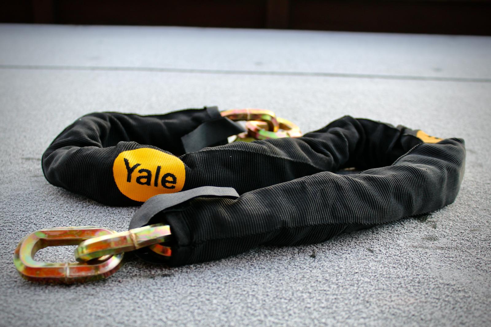 Yale Maximum Security Defendor Chain and Lock