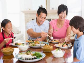 Cara Sehat Dalam Menyajikan Makanan untuk Keluarga Di Rumah