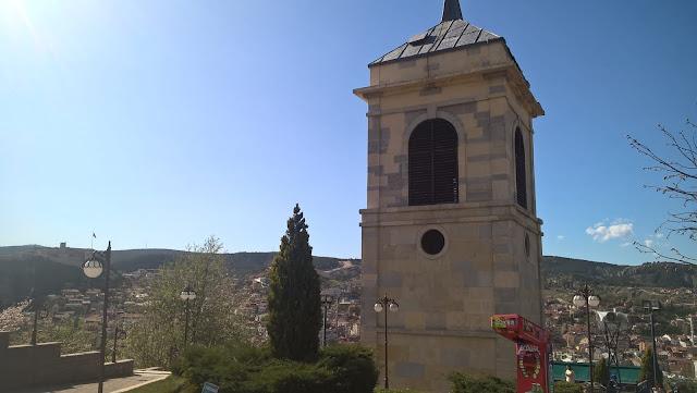 Kastamonu Saat Kulesi ve Kastamonu Kalesi aynı karede...