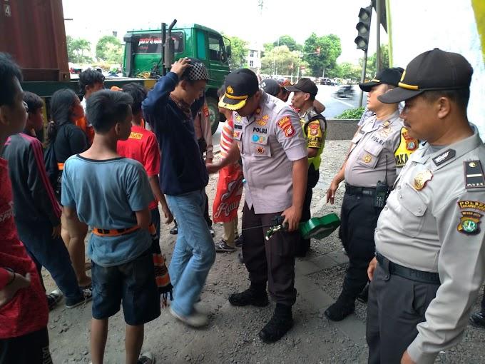 Kapolsek Tanjung Duren Pimpin Apel Siaga Pengamanan Pertandingan Sepakbola Persija VS Persipura Jayapura