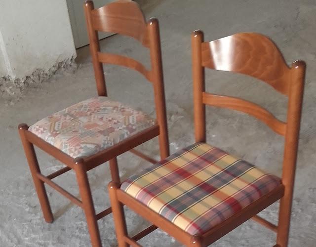 Πωλούνται 36 ξύλινες καρέκλες