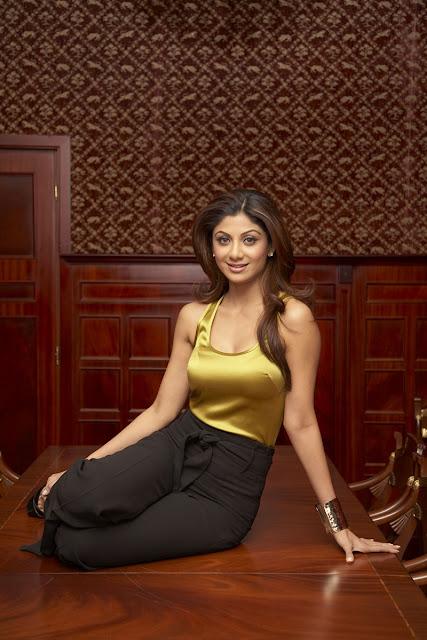 Shilpa Shetty Ki Sexy Nangi Photo