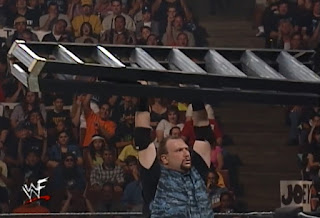 WWE / WWF Wrestlemania 2000 - Bubba Ray Dudley with a ladder