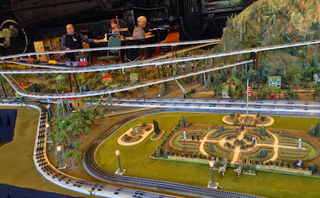 Reason 2: The Model Trains at Henry Ford Museum  | iNeedaPlaydate.com @mryjhnsn