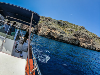 where to rent a boat without a license in Santa Maria di Leuca