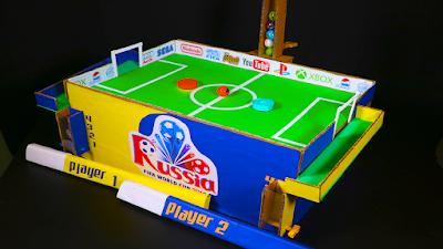 Como fazer futebol magnético com papelão CAMPO de FUTEBOL de PAPELÃO para 2 JOGADORES !! Copa do mundo 2018 Rússia fifa