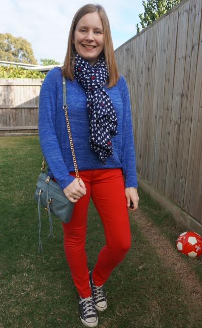 navy red mickey mouse scarf outfit skinny jeans converse | away from blue