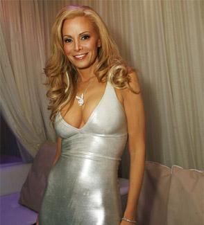 Cougar Dating sito 100 gratis Anna Hutchison incontri