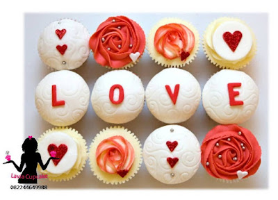Tema cupcake sebagai hadiah ulang tahun paling berkesan