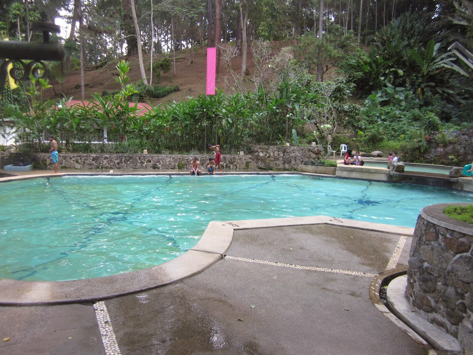 Davao tripper discover davao city loleng 39 s mountain for Swimming pool area