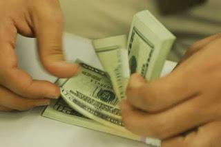 Dólar fecha acima de R$ 5,40