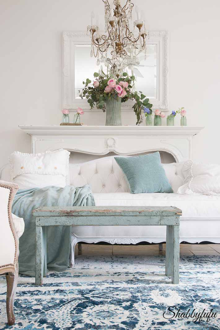 Seafoam Green In A Coastal Style Living Room - shabbyfufu.com