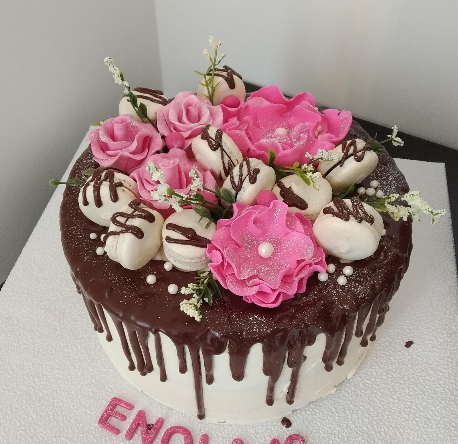 gateaux d aline drip cake decoration