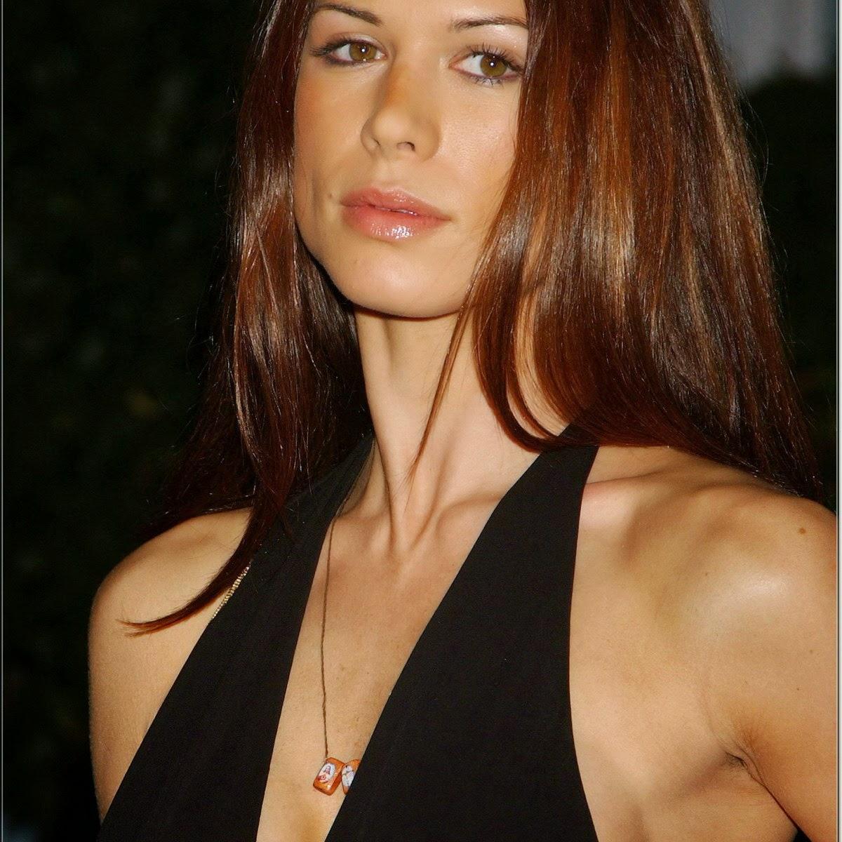 nice celebrity: Rhona Mitra bobs slip nip slip 2005 ABC