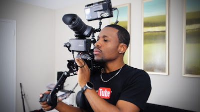 Peralatan Yang Dipakai Untuk Membuat Video YouTube