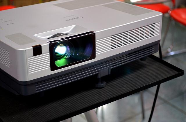 proyektor untuk presentasi