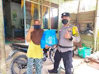 BANTU WARGA TERDAMPAK COVID-19 PERSONIL POLSEK SUNGAI PINANG SALURKAN SEMBAKO
