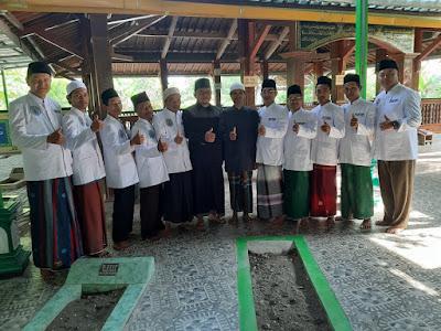 Ziarah Wali Songo Bersama Hafiz Quran Ust Dan Kyai Kab