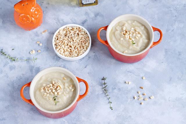 zupa selerowa z orzechami