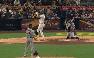 Fernando Tatis Jr. loses track of count, D-backs vs Padres, 6/25/2021