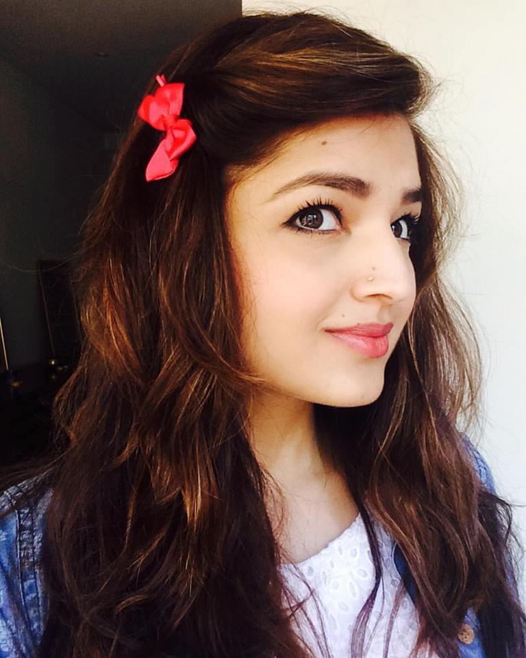 Love Games Actress Tara Alisha Berry Images And HD Wallpapers