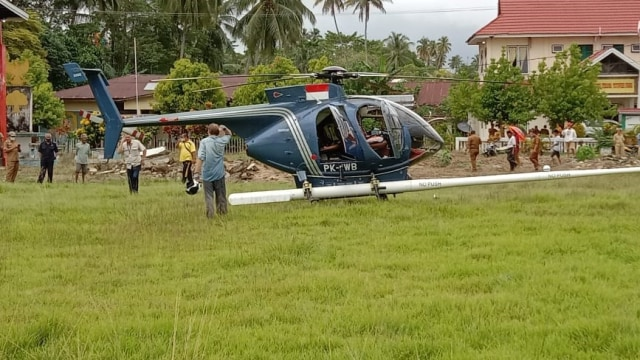 Bawa WNA, Helikopter Carteran Mendarat Darurat di Tolitoli, Sulteng